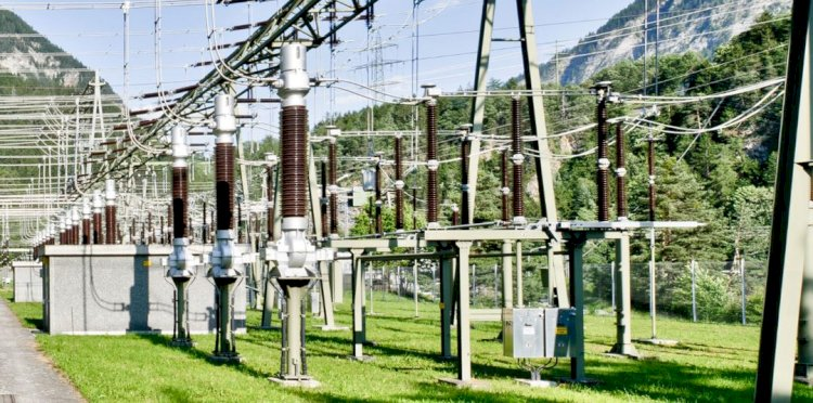 How to calculate fault current in electrical substation grounding design?